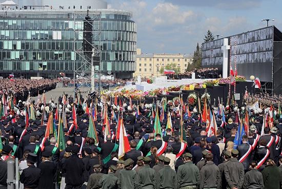 Uroczystości żałobne w Warszawie